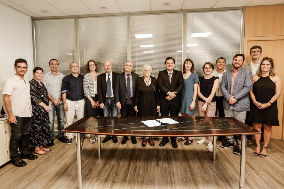 Signature de la lettre d'intention entre Nantes Metropole et Recife - JPEG